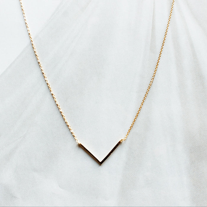 [WS]  V Charm Dainty Necklace