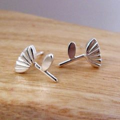 Wild flower stud earrings