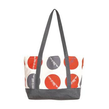 Australian Made Gifts & Souvenirs with the Sydney Skyline Tote -by Sydney Textile Co. For the best Australian online shopping for a Bags