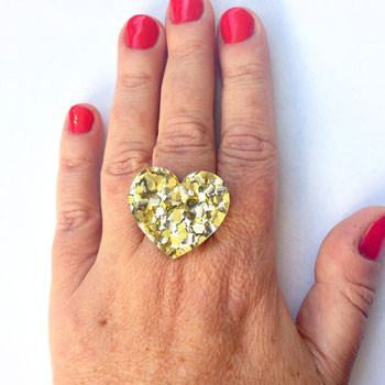 Australian Made Gifts & Souvenirs with the Heart Glitter Ring -by Each to Own. For the best Australian online shopping for a Accessories - 1