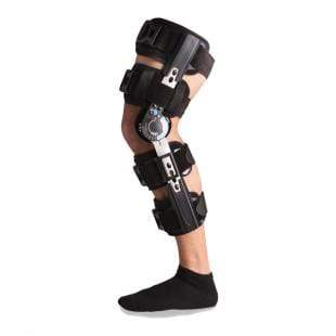 POST OP KNEE BRACE WITH ROM CONTROL AND TELESCOPING STRUTS FOR LENGTH ADJUSTMENTS
