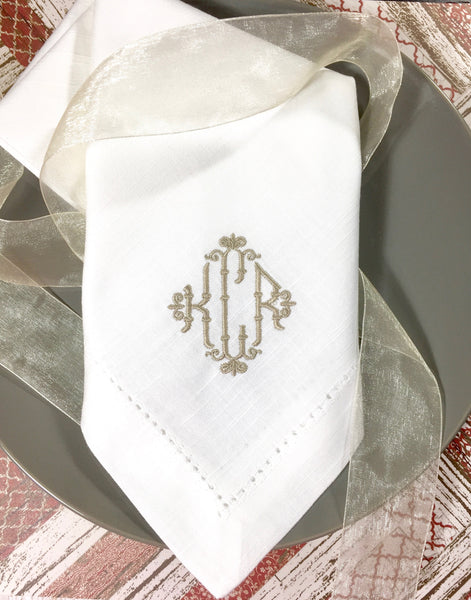 Wicker Monogrammed Cloth Dinner Napkins - Set of 4 napkins - White Tulip Embroidery