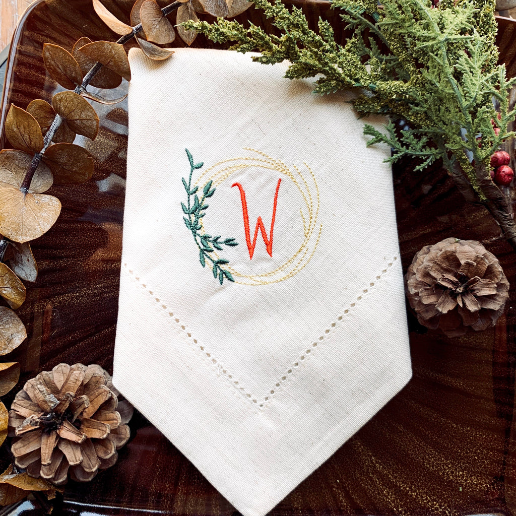 Autumn Leaf Wreath Monogrammed Cloth Napkins - Set of 4 napkins