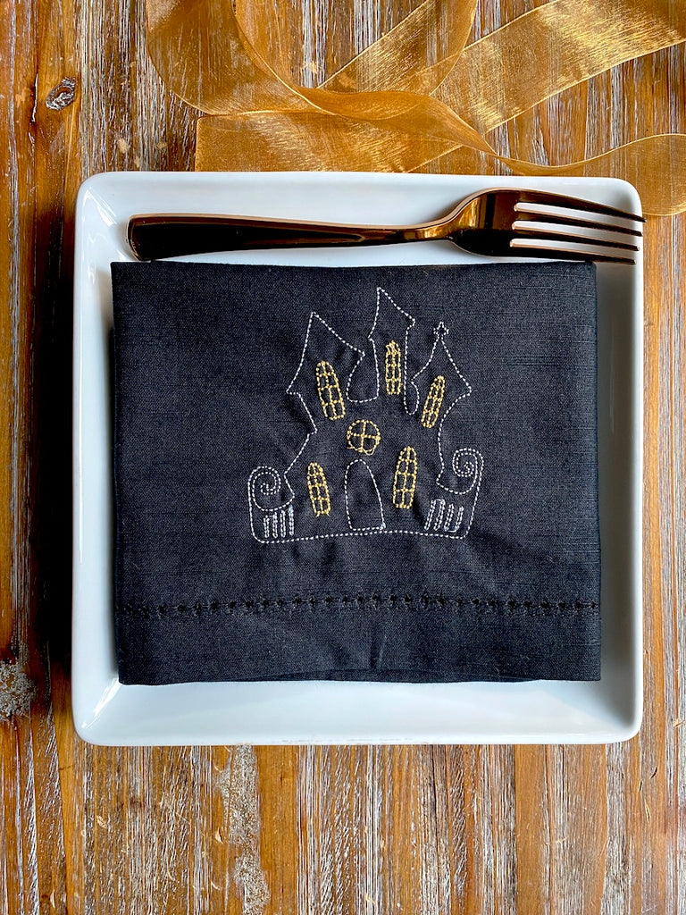 Halloween Haunted House Cloth Napkins - Set of 4 napkins