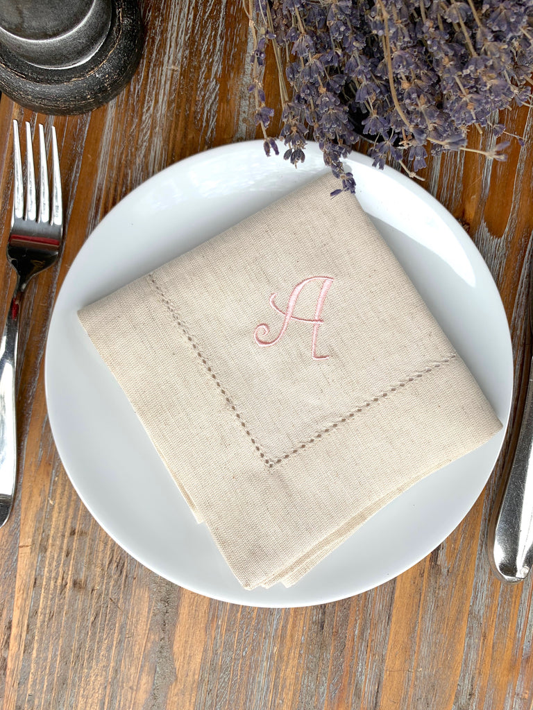 Curly Monogrammed Embroidered Cloth Napkins - Set of 4 napkins