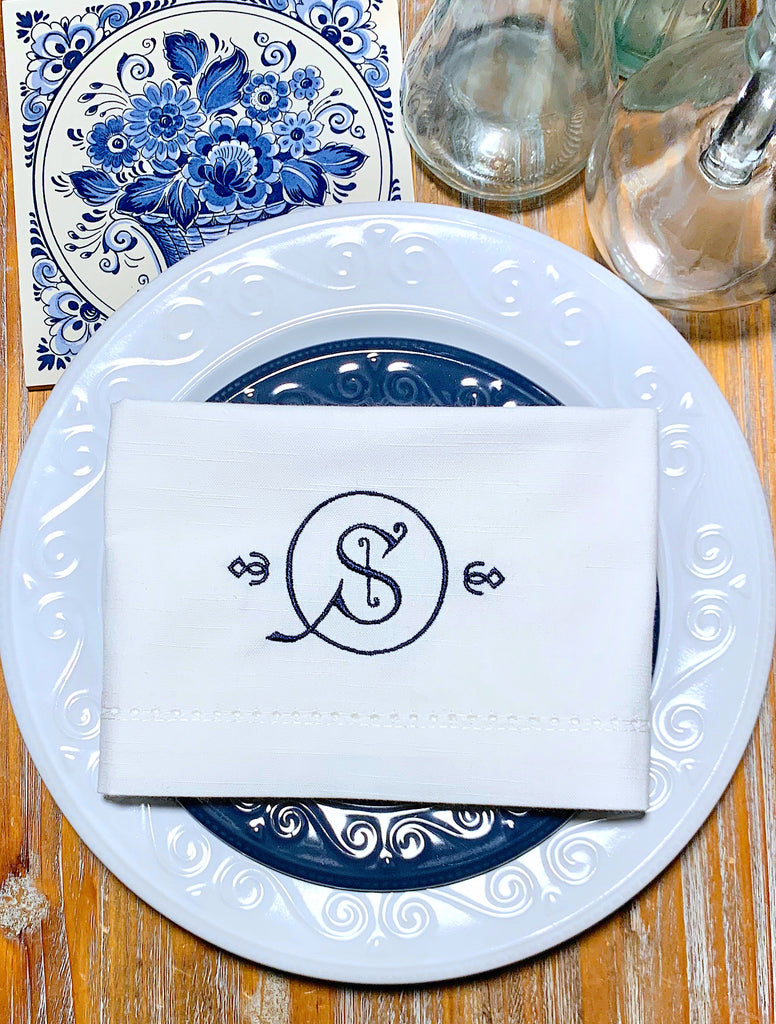 Windsor Monogrammed Embroidered Cloth Dinner Napkins - Set of 4 napkins