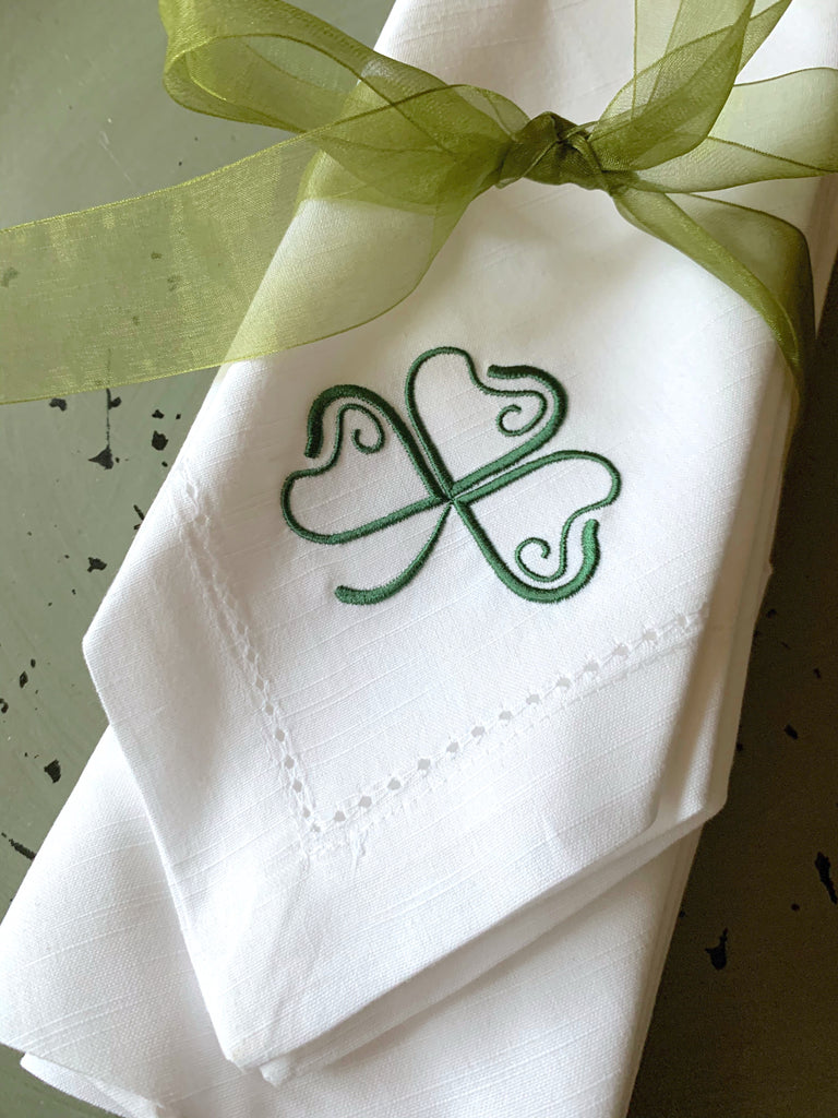 St. Patrick's Day Clover Cloth Napkins - Set of 4 napkins