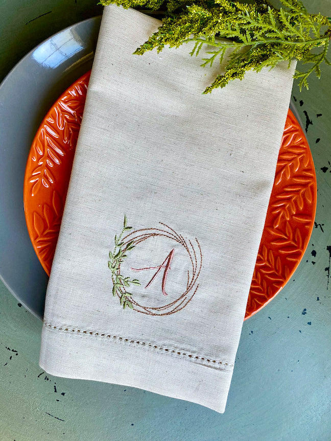 Christmas Wreath Monogrammed Cloth Napkins - Set of 4 napkins