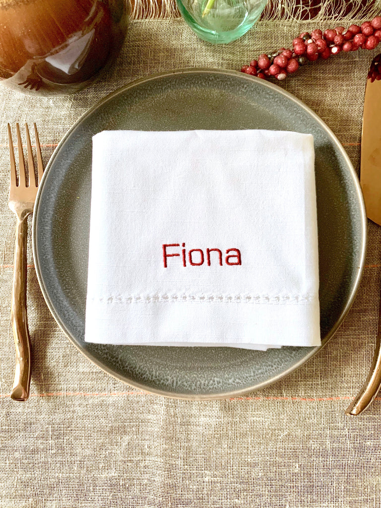 Place Cards Wedding Name Napkins, Set of 4 Names Cloth napkins, Fiona