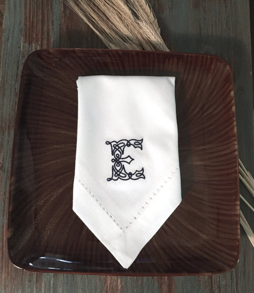 Celtic Monogrammed Cloth Napkins - Set of 4 napkins - White Tulip Embroidery