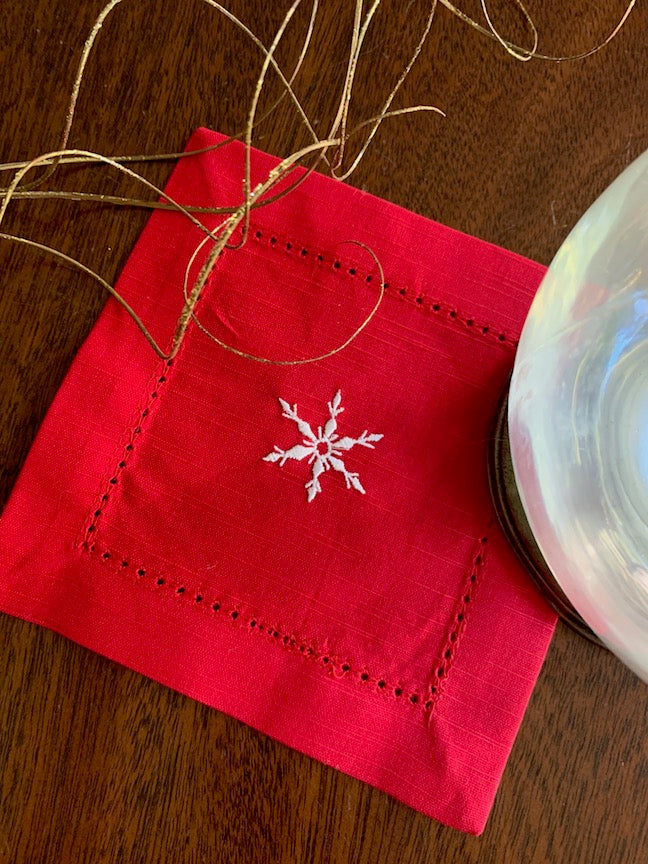 Snowflake Red Cloth Cocktail Napkins - Christmas cocktail linens-White Tulip Embroidery