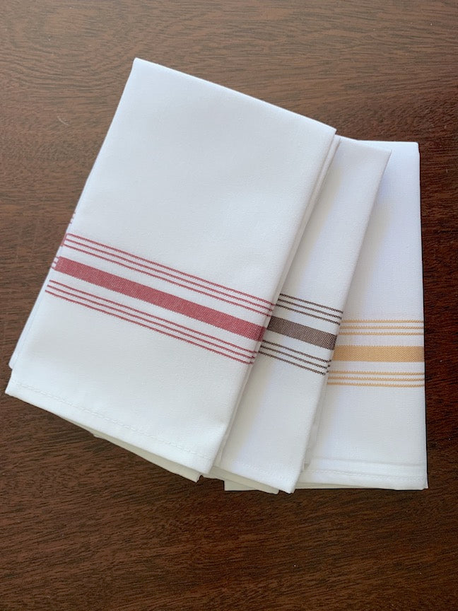 Thanksgiving Leaves Cloth Napkins - Set of 4 bistro napkins - White Tulip Embroidery