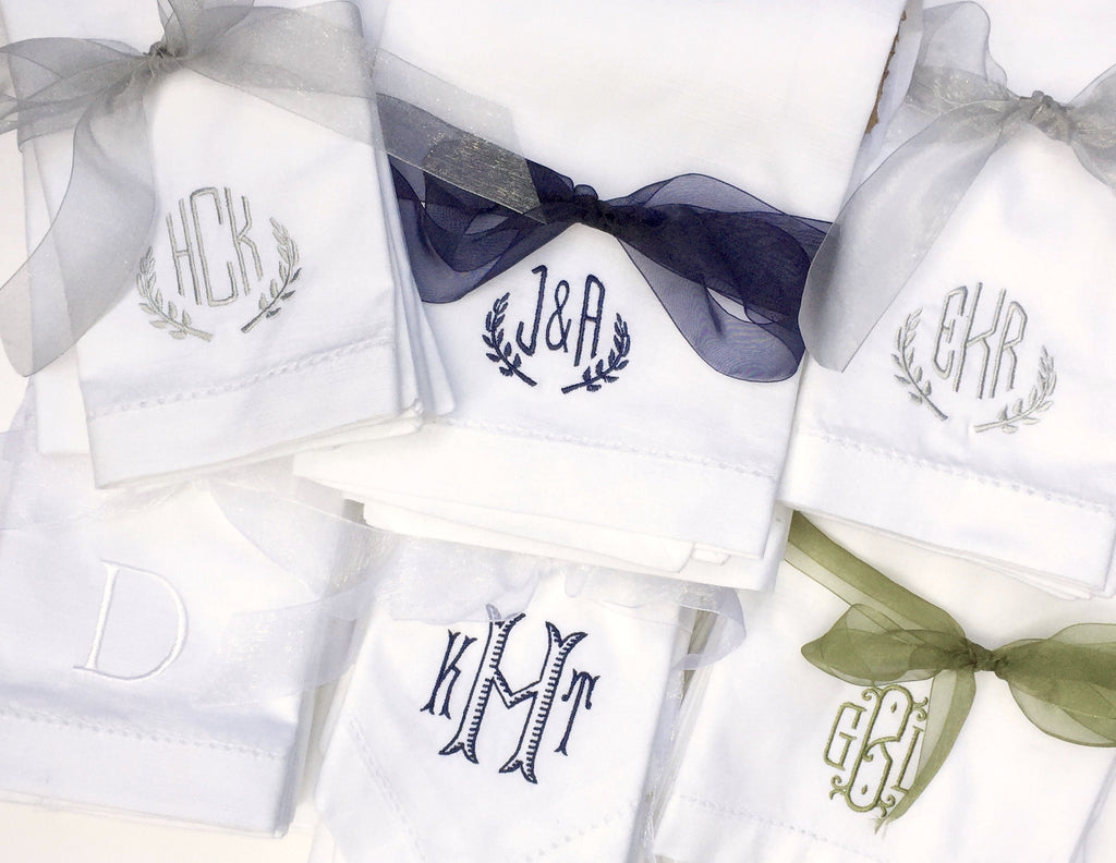 Leaf Monogrammed Laurel Embroidered Cloth Napkins
