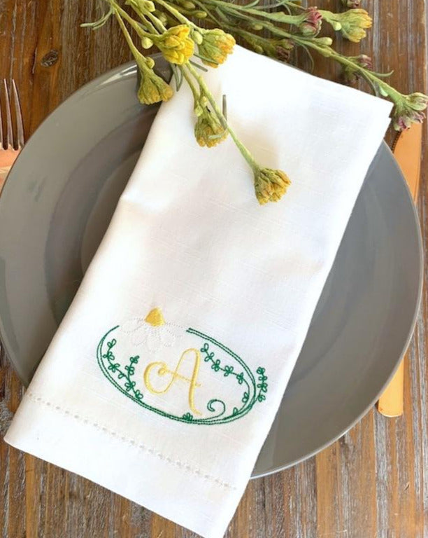Daisy Monogrammed Cloth Napkins - Set of 4 napkins