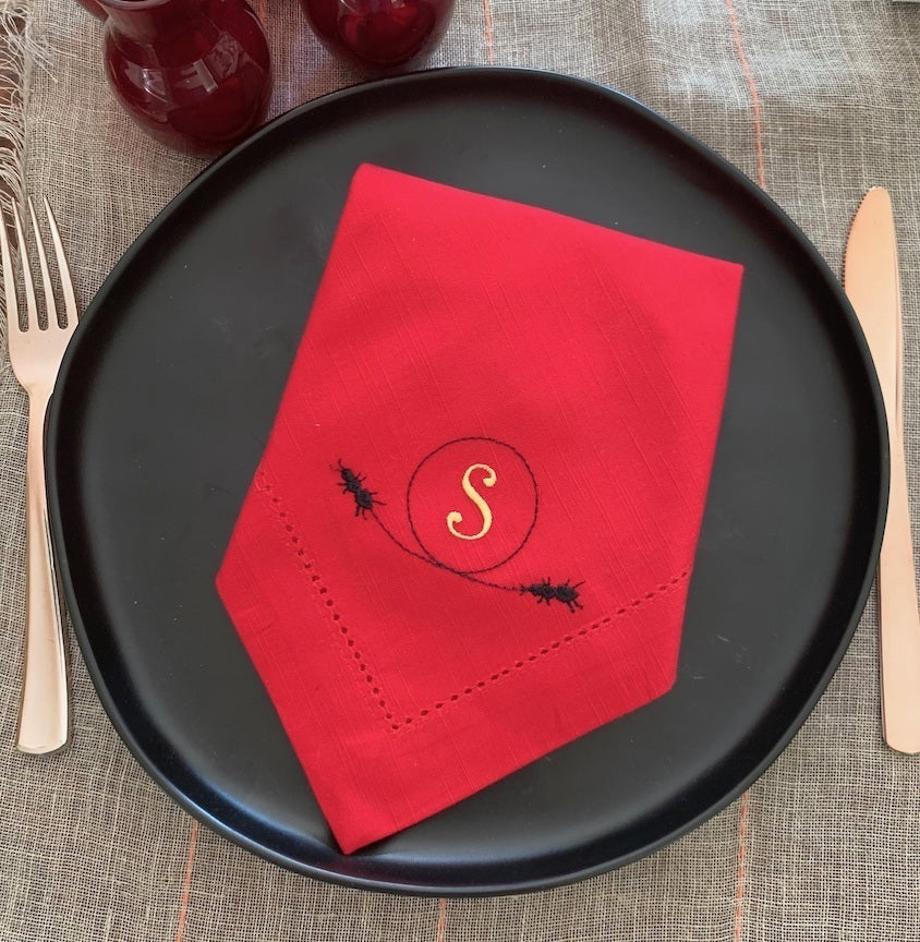 Ant Monogrammed Cloth Dinner Napkins - Set of 4 napkins