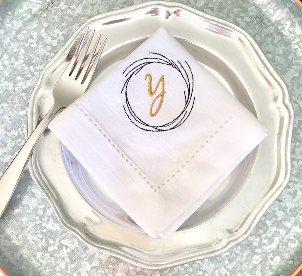 Branch Monogrammed Cloth Dinner Napkins - Set of 4 napkins - White Tulip Embroidery