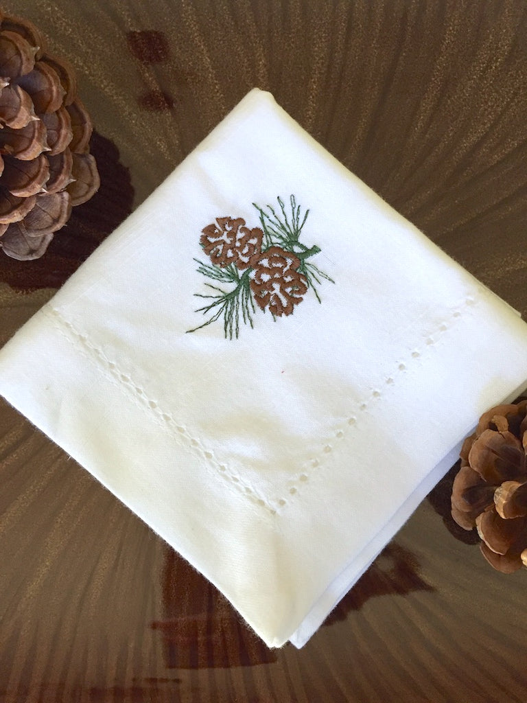 Pine Cone Christmas Cloth Napkins - Set of 4 napkins - White Tulip Embroidery