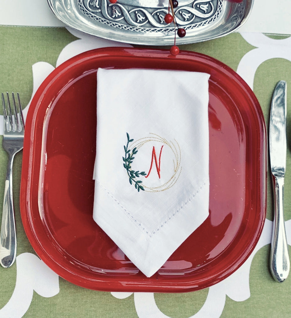 Christmas Wreath Monogrammed Cloth Napkins - Set of 4 napkins-White Tulip Embroidery