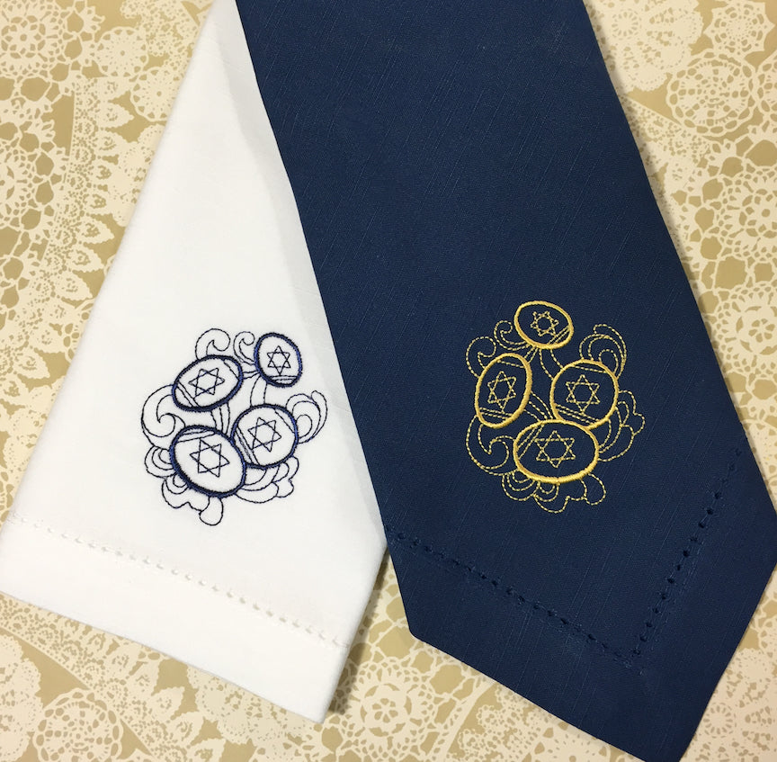 Hanukkah Gelt Cloth Napkins - Set of 4 napkins, Blue Napkins - White Tulip Embroidery