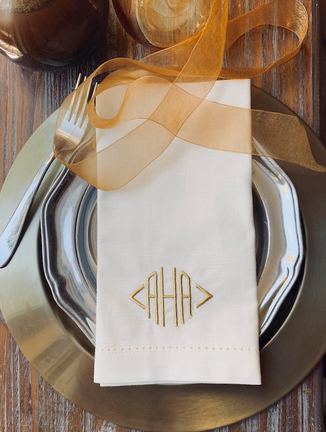Traditional Monogrammed Cloth Dinner Napkins - Set of 4 napkins