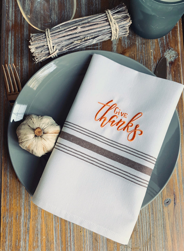 Give Thanks Thanksgiving Cloth Napkins - Set of 4 bistro napkins