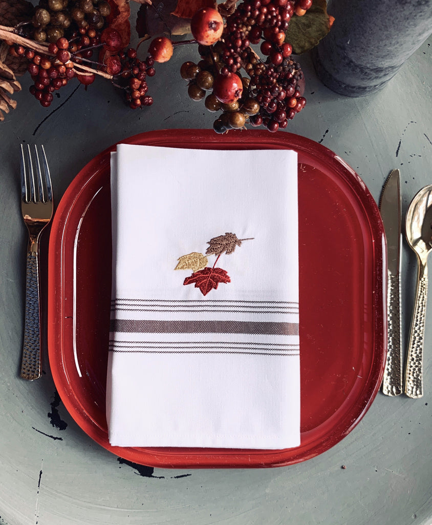 Thanksgiving Leaves Cloth Napkins - Set of 4 bistro napkins