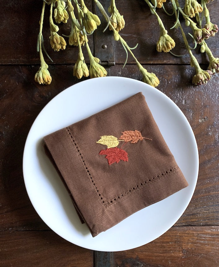 Thanksgiving Leaves Cloth Brown Napkins - Set of 4 napkins
