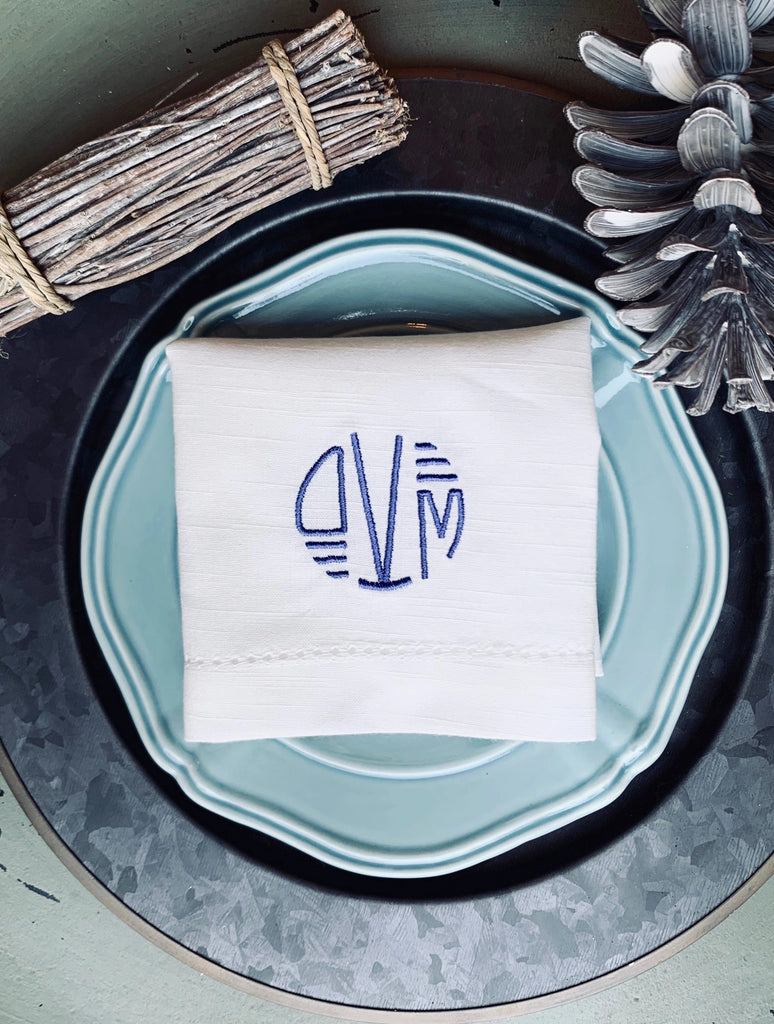 Art Deco Circle Monogrammed Cloth Dinner Napkins - Set of 4 napkins