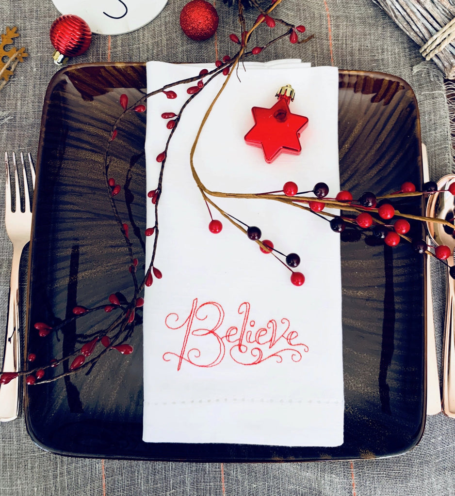 Believe Christmas Cloth Napkins - Set of 4 Christmas napkins