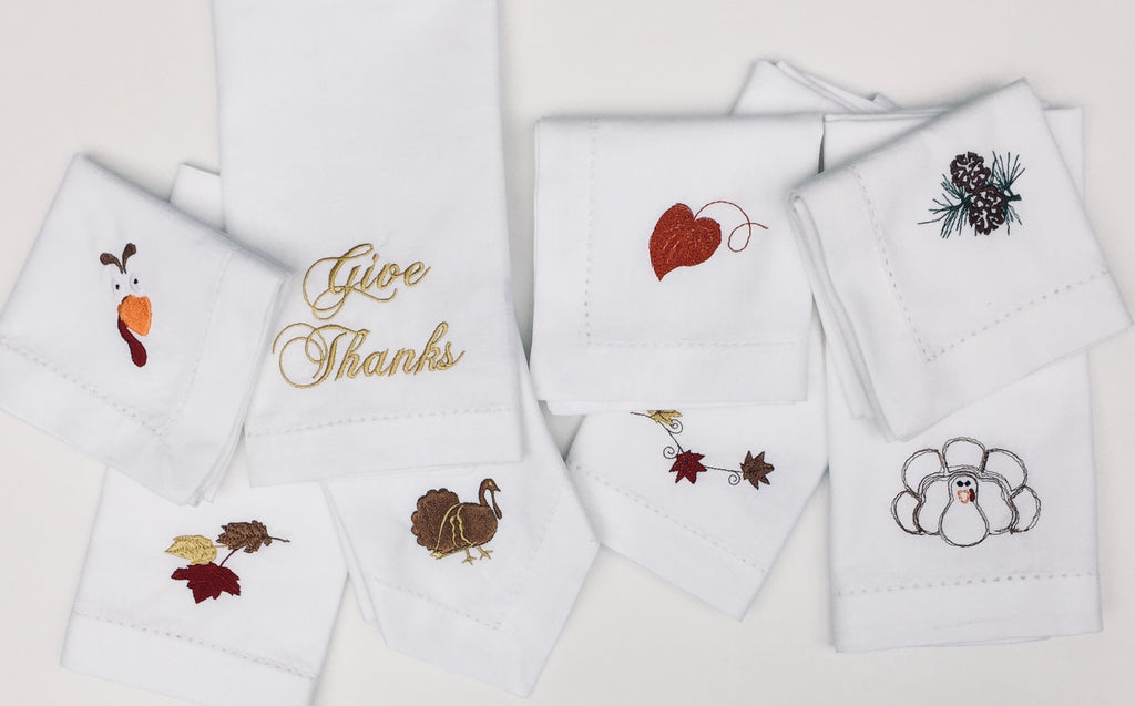 Thanksgiving Turkey with Border Cloth Dinner Napkins - Set of 4 napkins