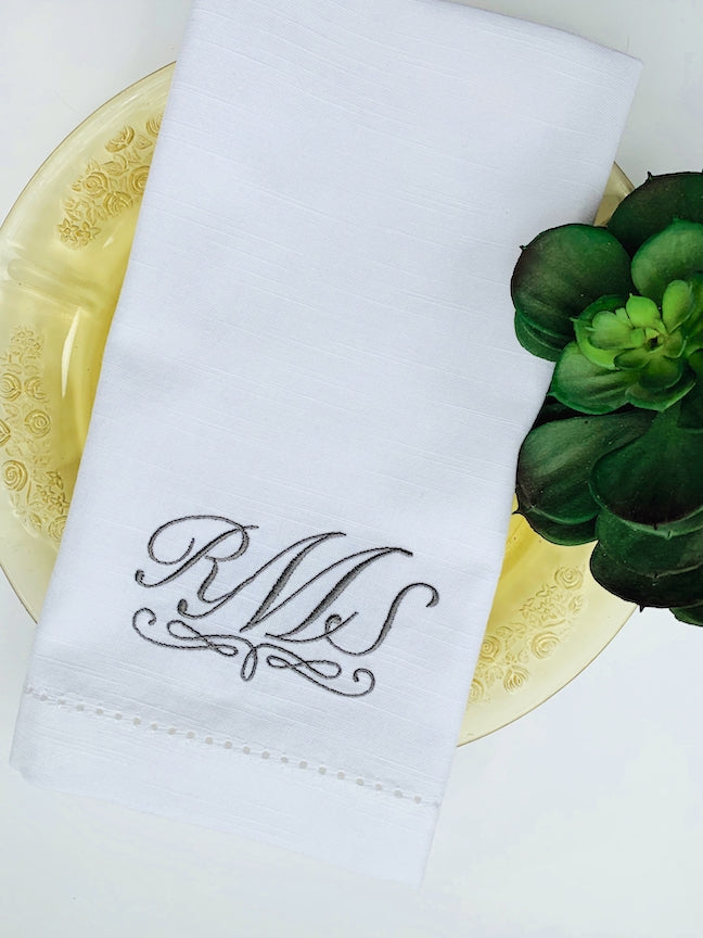 Amelia Monogrammed Embroidered Cloth Napkins - White Tulip Embroidery