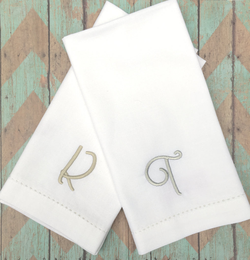 Ava Monogrammed Embroidered Cloth Napkins - White Tulip Embroidery