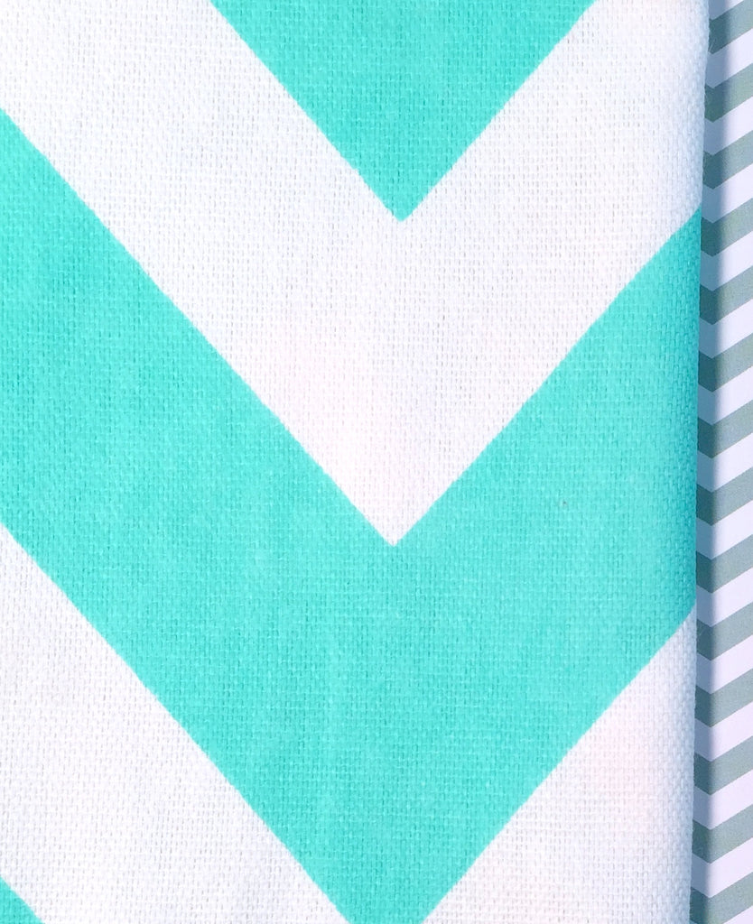 Chevron Aqua Cloth Napkins - Set of 4 cotton napkins - White Tulip Embroidery