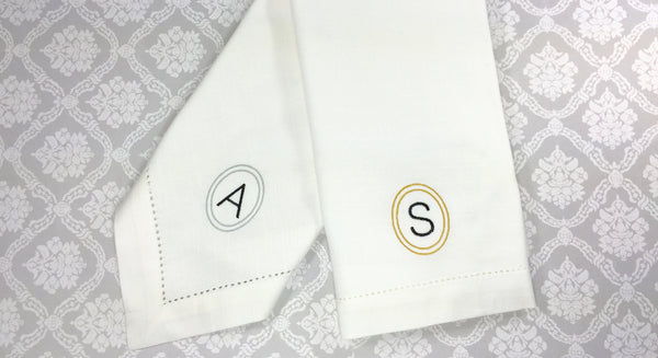 Single Letter Circle Monogrammed Napkins - Set of 4 napkins - White Tulip Embroidery