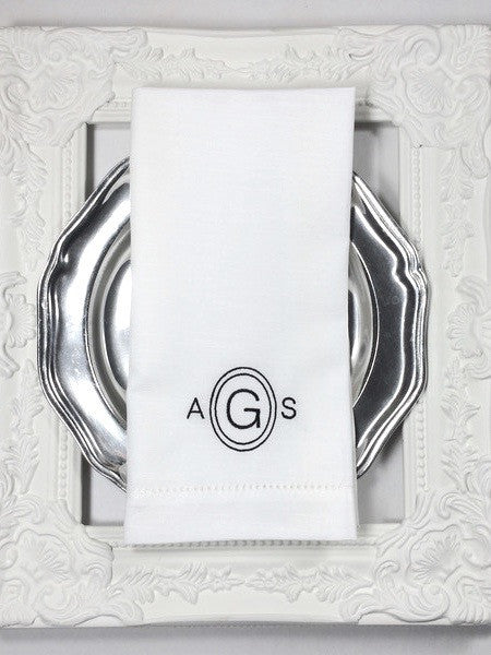 Modern Circle Monogrammed Cloth Dinner Napkins - Set of 4 napkins - White Tulip Embroidery
