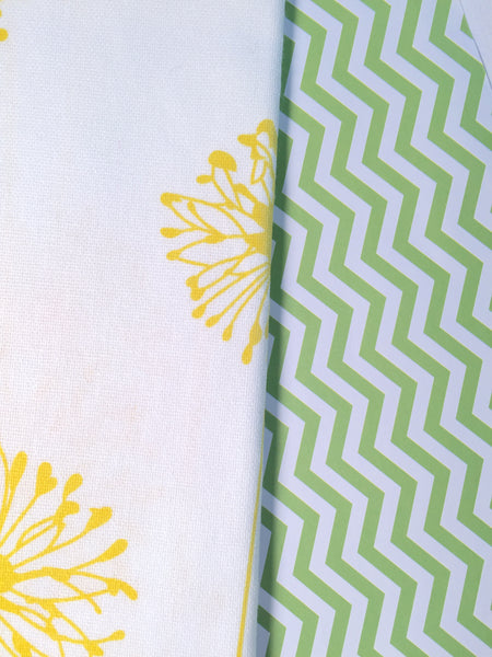 Yellow Dandelion Cloth Napkins - Set of 4 cotton napkins - White Tulip Embroidery