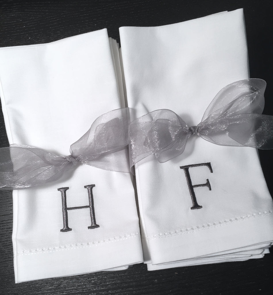 Simple and Modern Monogrammed Embroidered Cloth Napkins - White Tulip Embroidery