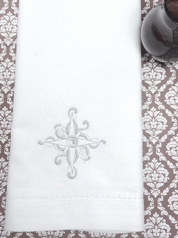 snowflake napkins, snowflake cloth napkins, snowflake embroidered napkins