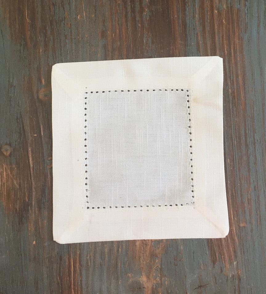 Monogrammed Ivory Cloth Cocktail Napkins - Wedding cocktail linens - White Tulip Embroidery