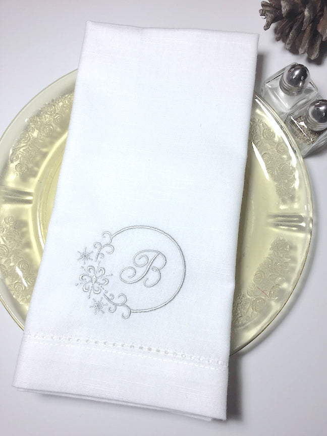 Monogrammed Snowflake Cloth Napkins-Set of 4 napkins-White Tulip Embroidery