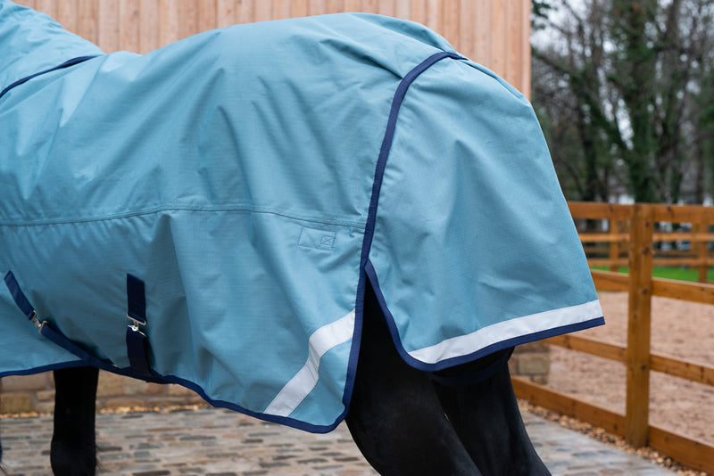 Epic® Essential 100g Turnout Rug