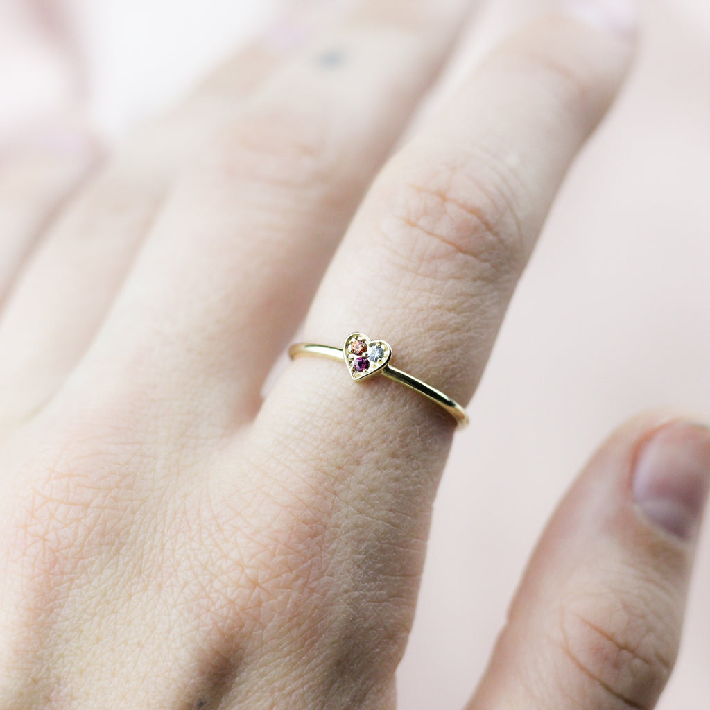 GOLD DAINTY HEART RING