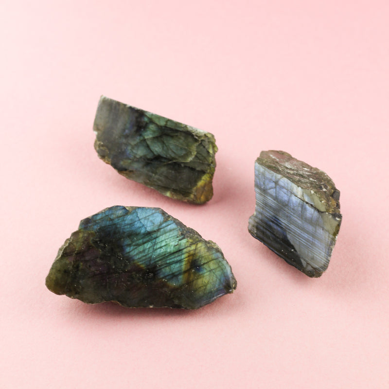 LABRADORITE SLABS - RAW