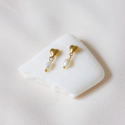 BABY HEART AND PEARL STUDS