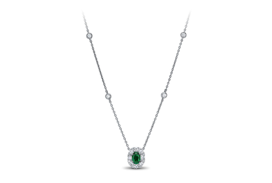 18kt White Gold/Emerald/on_model