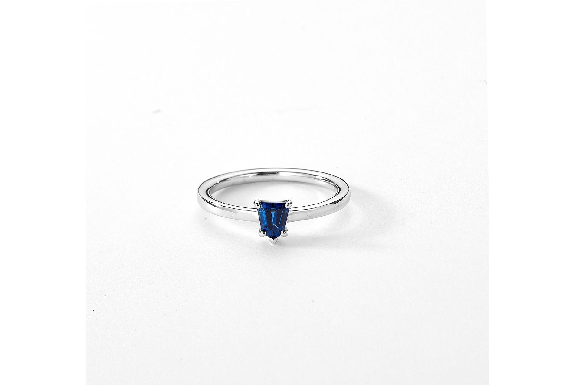 18kt White Gold/top