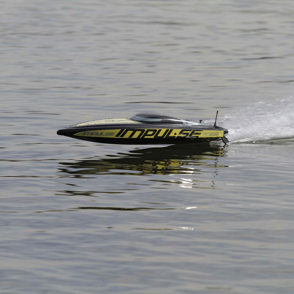 Impulse 31-inch Deep-V V3 Brushless: RTR