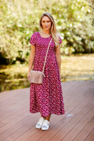 maxi dress with trainers sumemr outfit