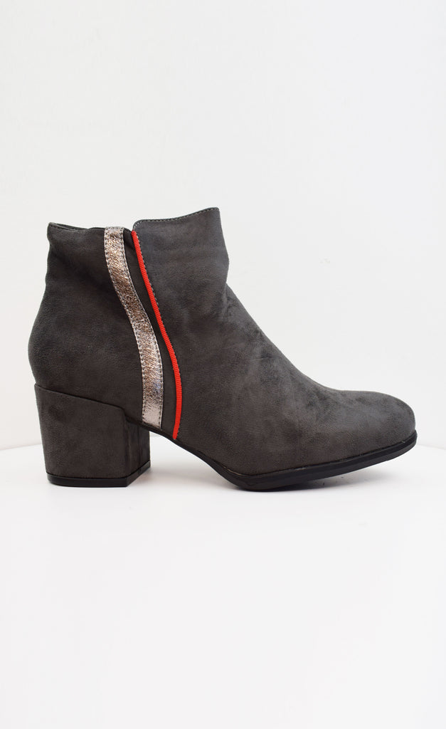 Piping Ankle Boot