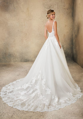 Load image into Gallery viewer, 5761-Mori Lee